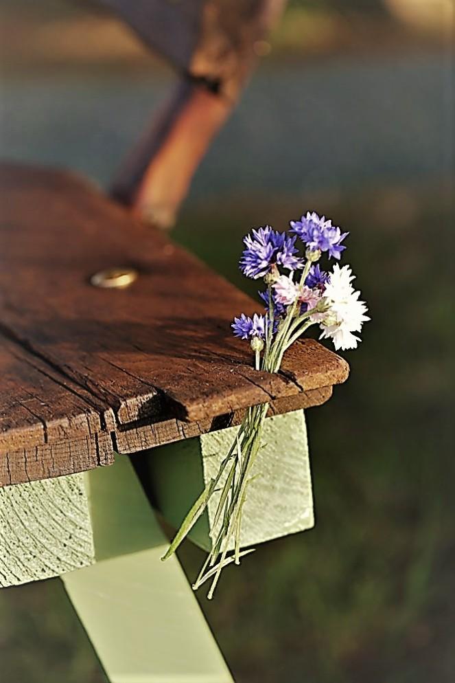 Judi-castille-Pretty-Posy-bench